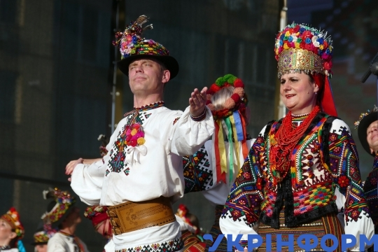 Hutsuliia company performs during Independence Day celebration in Kyiv