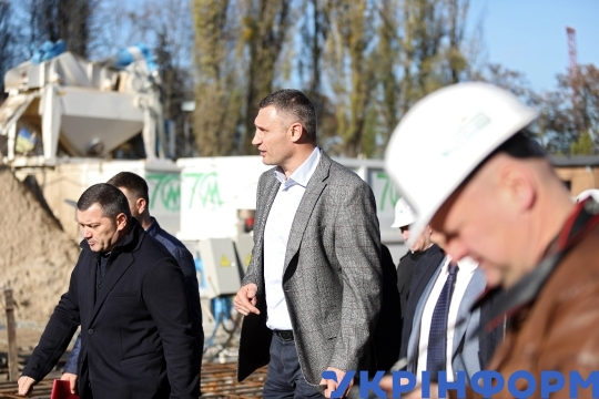 Kyiv mayor Klitschko inspects construction progress of metro to Vynohradar neighbourhood