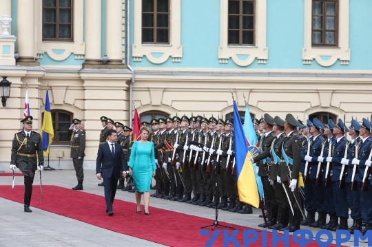 Presidents of Ukraine, Slovakia meet in Kyiv