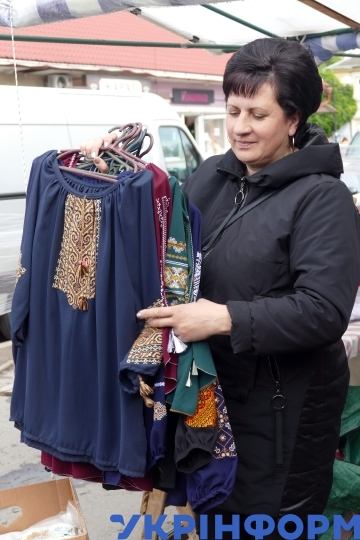Clothes market in Ivano-Frankivsk