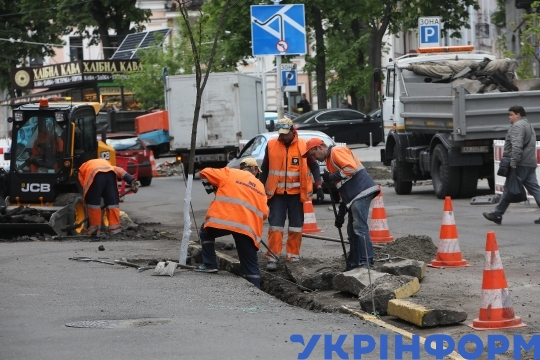 Repair works in Zolotovoritska Street