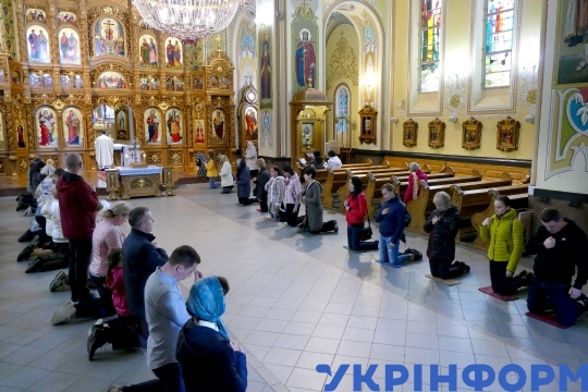 Service at Christ King Church in Ivano-Frankivsk